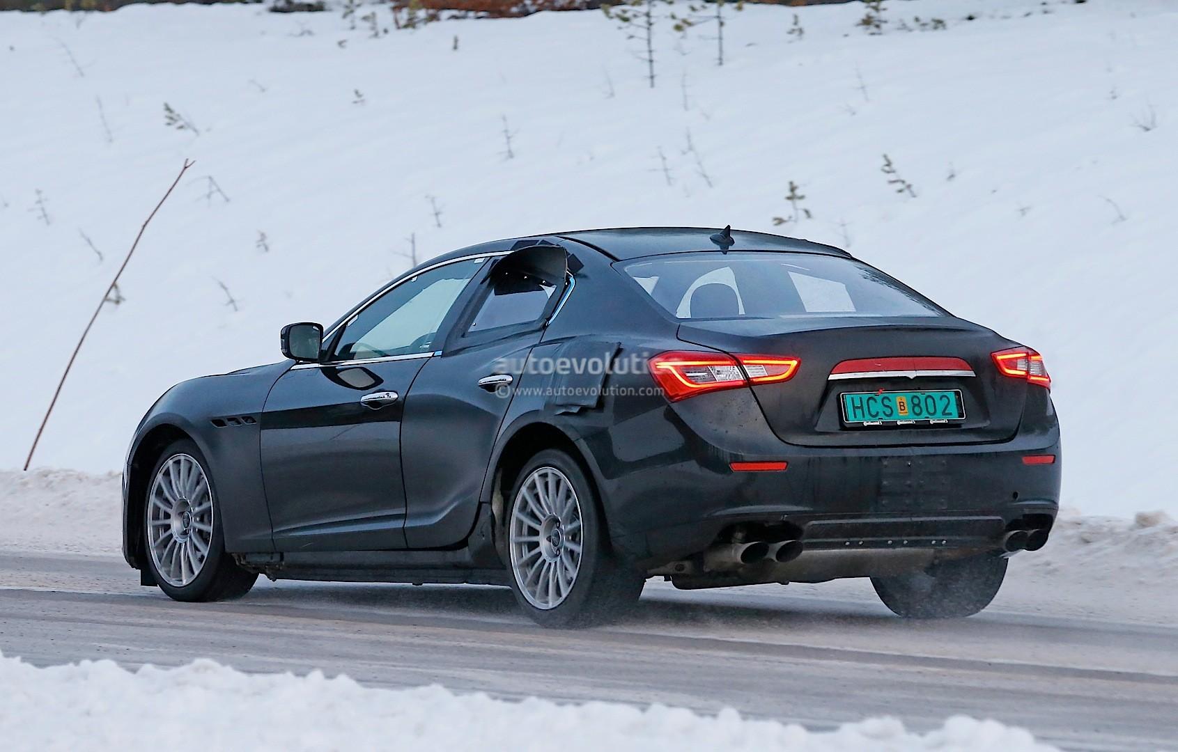 alfa-romeo-tipo-952-spied-winter-testing-its-a-giulia-sedan-test-mule-photo-gallery_8