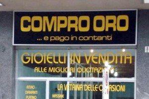 Sal : negozio compro oro (foto Tanopress)