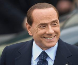 Berlusconi sostiene di esser una ''vittima''! L'Italia non gli garantisce i diritti dell'uomo!