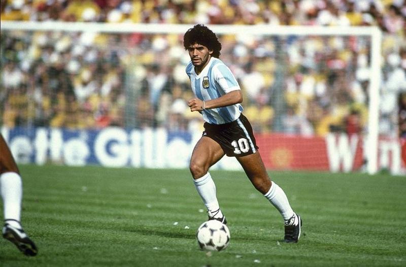 Diego Armando Maradona ...